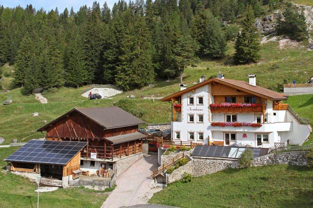 Selva Di Val Gardena Appartamenti Of Neuhaus Wolkenstein Agriturismo In Alto Adige Dolomiten
