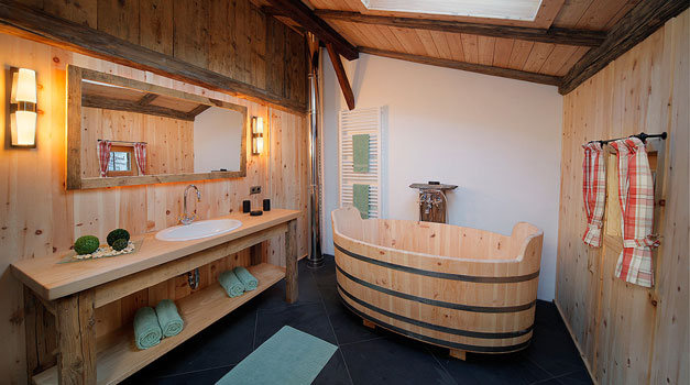 Vasca Da Bagno In Camera : Questi masi offrono appartamenti nonché camere con vasche da bagno