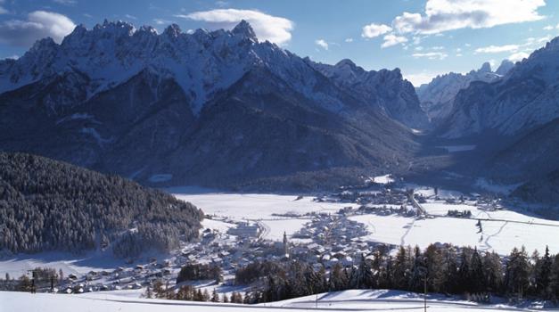 Agriturismo a Dobbiaco - appartamenti e camere in Alto Adige - Gallo ...