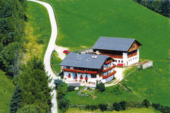 Anratterhof - Spinges  - Rio di Pusteria - Agriturismo in Alto Adige  - Valle Isarco