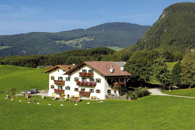 Hof - Zerund - Castelrotto - Agriturismo in Alto Adige - Dolomiti
