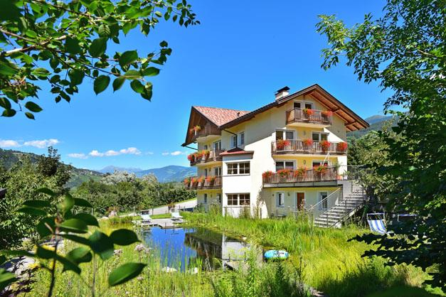 Untersteinerhof bressanone agriturismo in alto adige valle isarco - Piscine con scivoli bressanone ...
