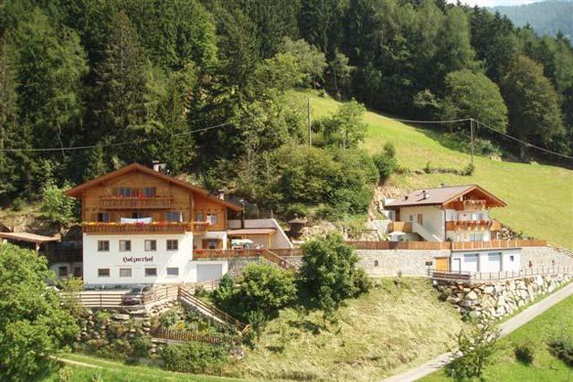 Holznerhof scena agriturismo in alto adige merano e for Agriturismo bressanone e dintorni