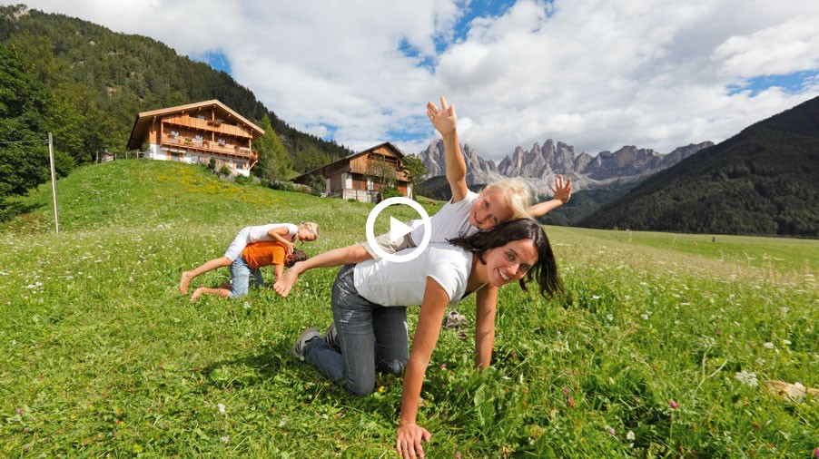 Video: Vacanze al maso